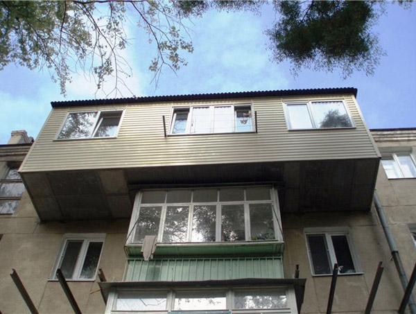 vinos-balkona-1