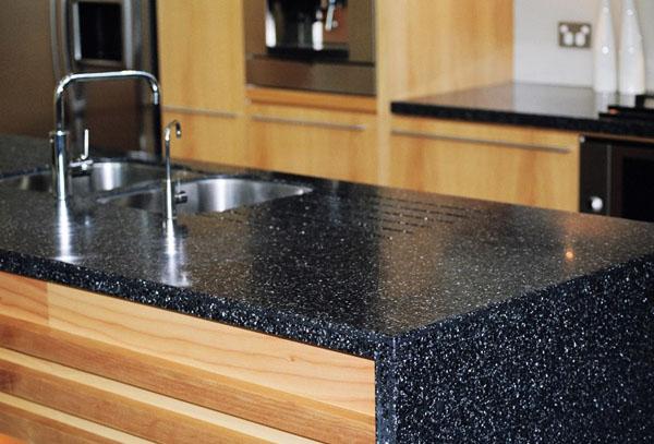 stoleshnica-granit