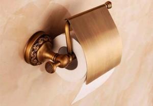 derjatel-dlya-tualetnoi-bumagi