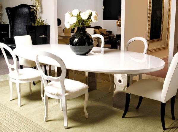 ovalnui-obedennui-stol